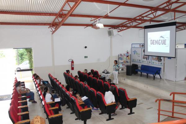 Campanha contra a dengue foi pauta durante reunião na área da Saúde