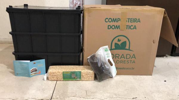 Implementação de um kit composteira na escola Complexo Educacional