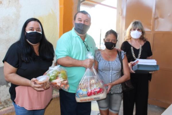 Departamento de Educação iniciou as entregas dos Kits Merenda e Escolar