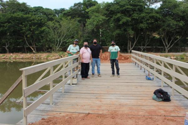 Prefeitura trabalha na infraestrutura e paisagismo da represa