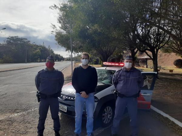 Prefeitura e PM realizam blitz da fumaça preta