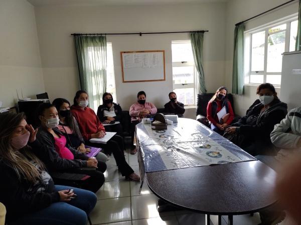 Saúde realiza palestra para incentivo ao aleitamento materno
